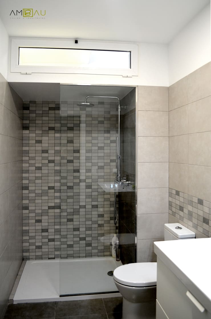 Salle de bains de style  par amBau Gestion y Proyectos, Moderne