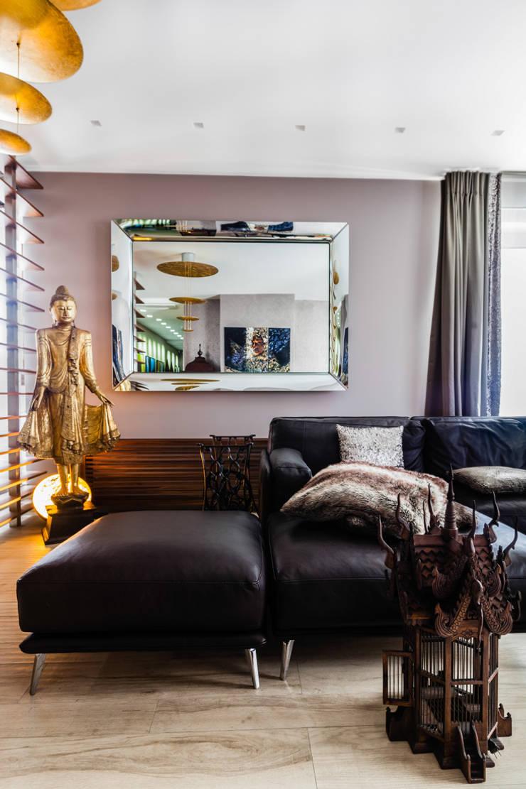 Our photoshoot of apartment located in Warsaw: styl , w kategorii Salon zaprojektowany przez Ayuko Studio