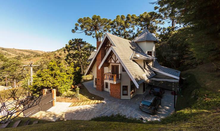 Casas de estilo  por VNK Arquitetura e Interiores