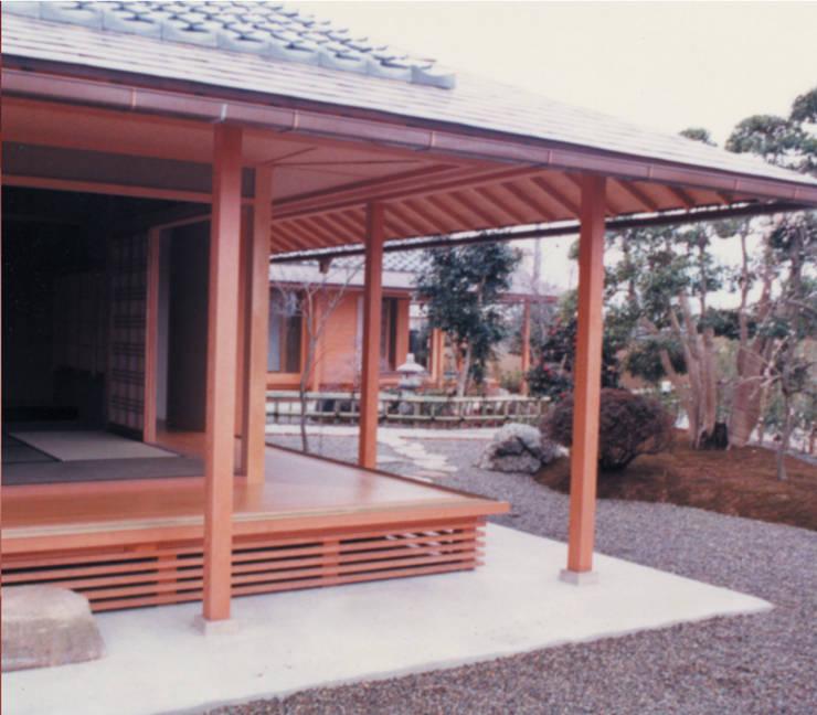 Dwelling – 新築Nk住宅: 杵村建築設計事務所が手掛けたテラス・ベランダです。,