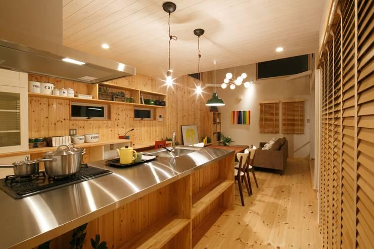 S's house: dwarfが手掛けたキッチンです。
