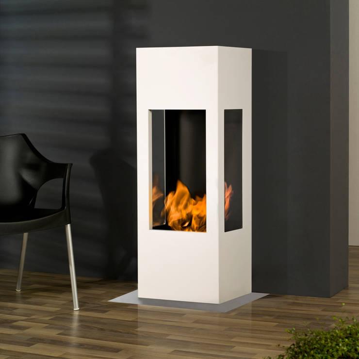 Prism Fire:  Wohnzimmer von muenkel design
