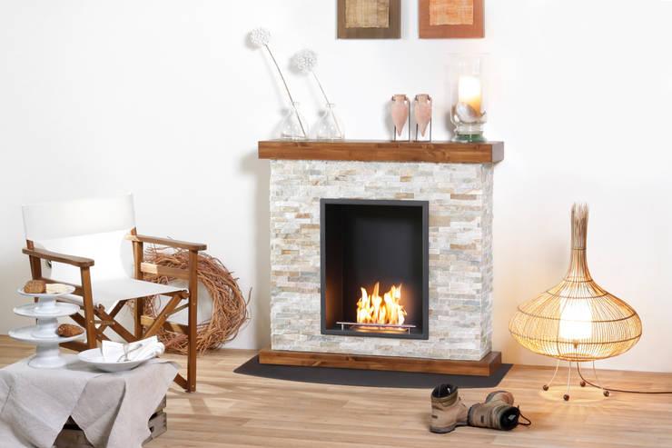 Living room by muenkel design