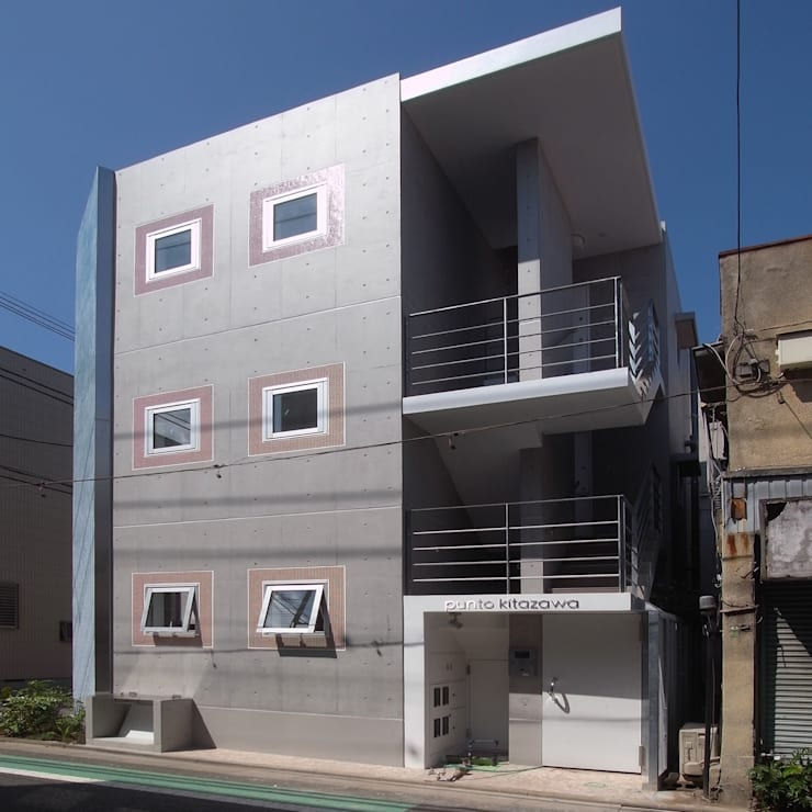 小さな賃貸マンション1: ユミラ建築設計室が手掛けた家です。