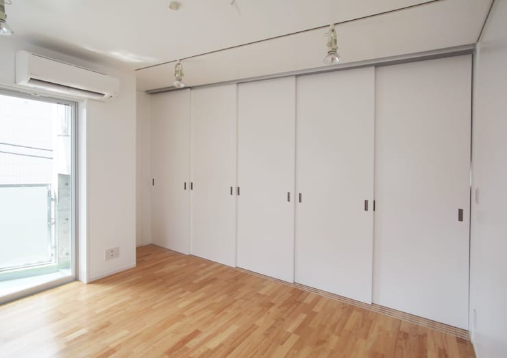 小さな賃貸マンション1: ユミラ建築設計室が手掛けた和室です。