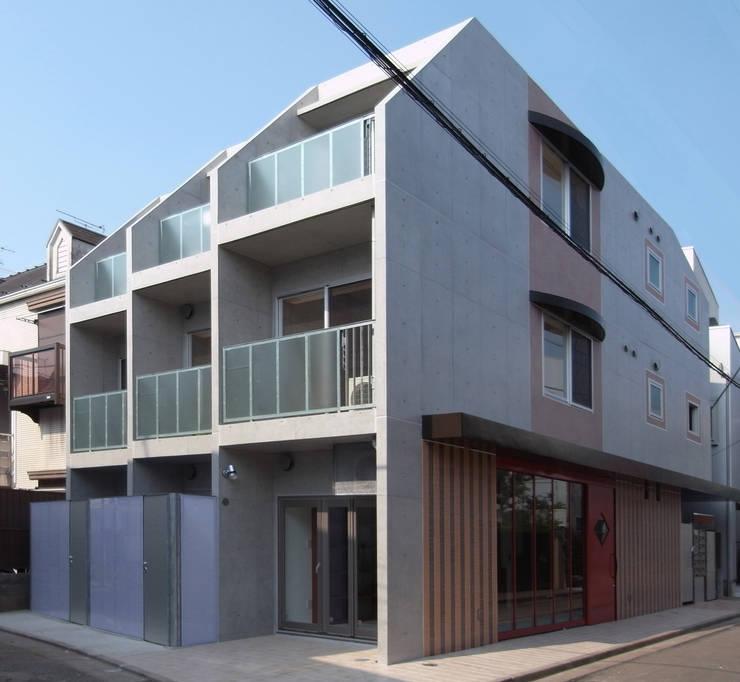 下北沢の賃貸マンション: ユミラ建築設計室が手掛けた家です。