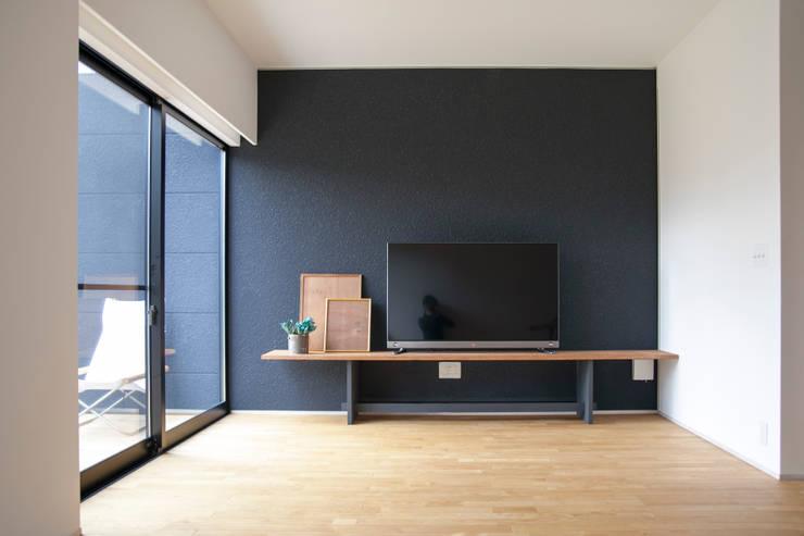 Projekty,  Salon zaprojektowane przez 村松英和デザイン