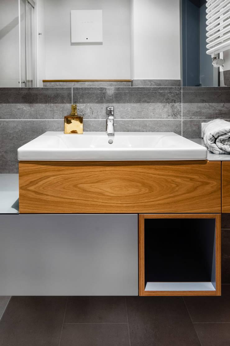 Our photoshoot of apartment design by JT Grupa Architects 2: styl , w kategorii Łazienka zaprojektowany przez Ayuko Studio ,