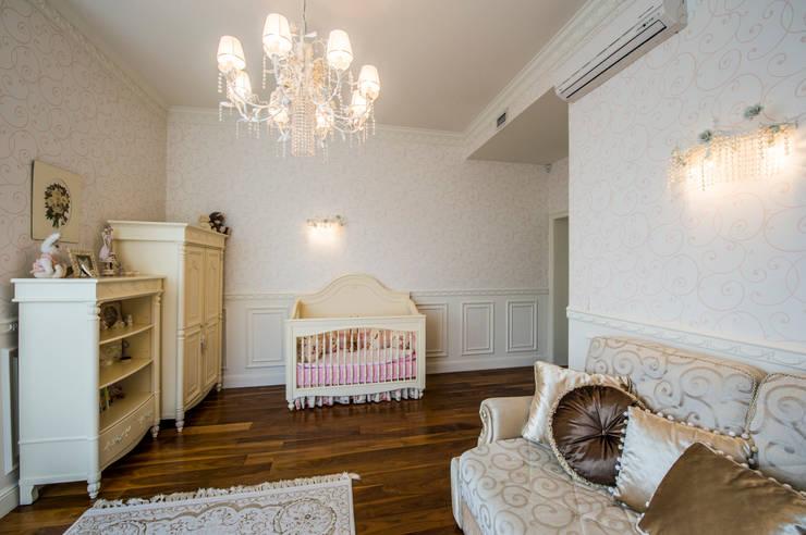 Детская комната Детская комнатa в классическом стиле от LUXER DESIGN Классический