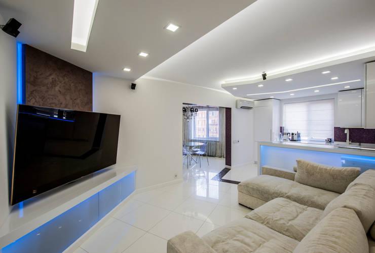 Квартира Командира воздушного судна Гостиная в стиле минимализм от LUXER DESIGN Минимализм