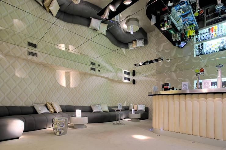 Discoteca Pop   2011: Escritórios e Espaços de trabalho  por Susana Camelo