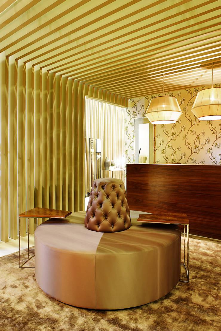 Maison & Objet – Suite Hotel | 2010: Corredores e halls de entrada  por Susana Camelo