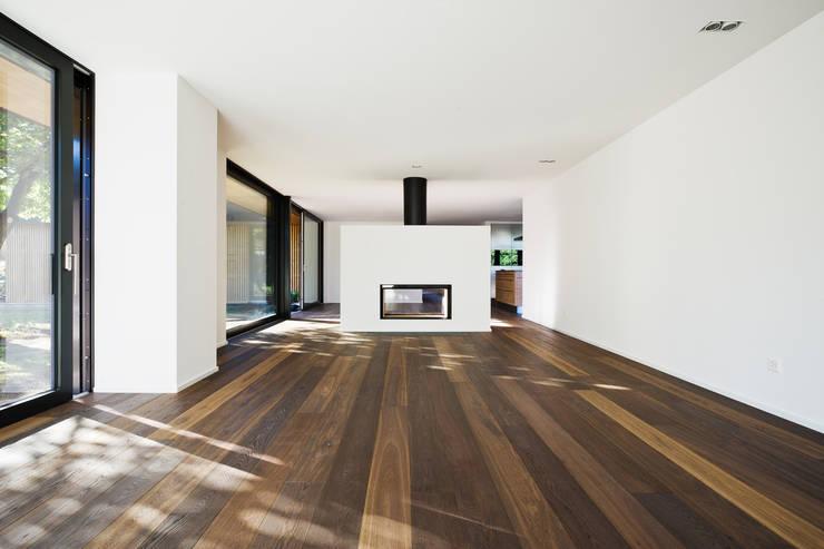 Гостиная в . Автор – Giesser Architektur + Planung