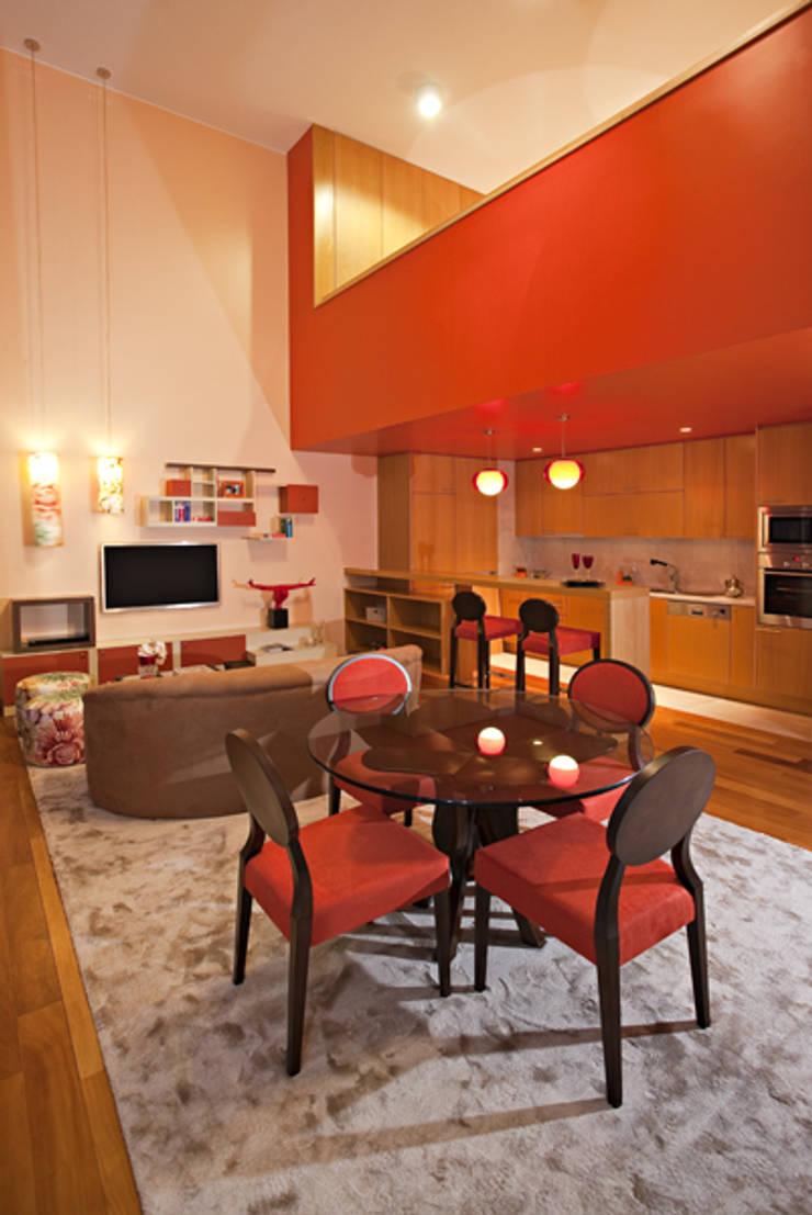 Loft | Quinta de Cravel | 2011: Salas de jantar  por Susana Camelo