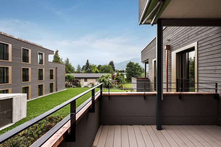 Terrasse:  Häuser von Giesser Architektur + Planung,Modern Holz Holznachbildung