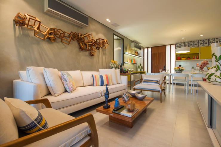 Sala de Estar: Salas de estar modernas por arqMULTI