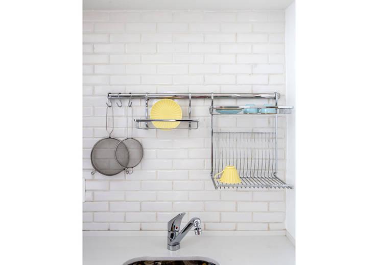 Кухни в . Автор – RSRG Arquitetos, Минимализм
