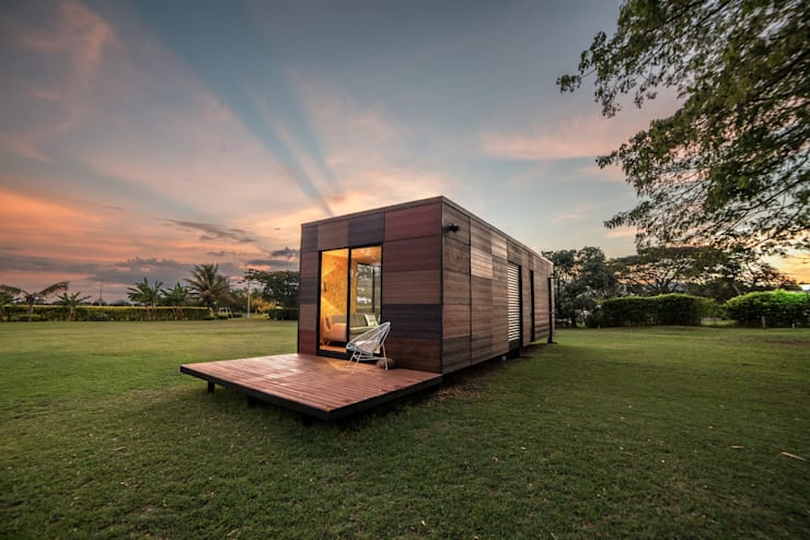 Houses by COLECTIVO CREATIVO