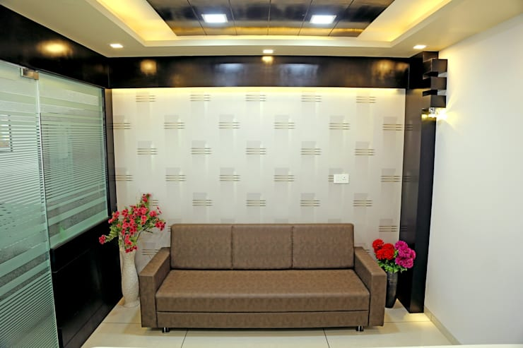 Director Cabin - Sofa Sitting:  Offices & stores by ZEAL Arch Designs