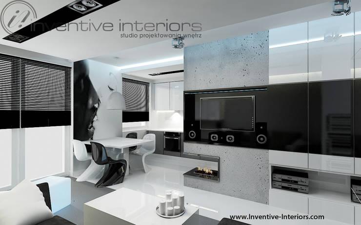 Biało czarna fototapeta: styl , w kategorii Salon zaprojektowany przez Inventive Interiors