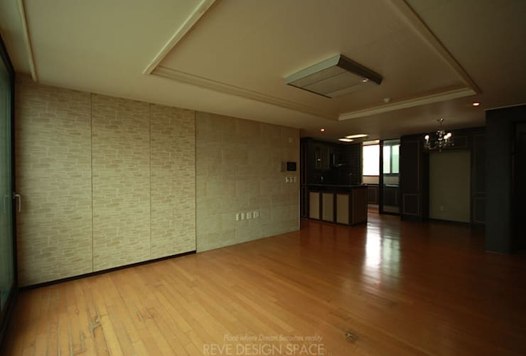 before: 디자인스튜디오 레브의  거실
