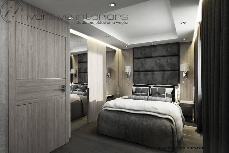 Szara sypialnia z jasnym drewnem: styl , w kategorii Sypialnia zaprojektowany przez Inventive Interiors,Klasyczny Drewno O efekcie drewna