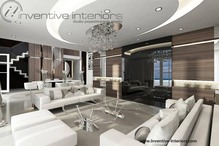 INVENTIVE INTERIORS – Dom z widokiem: styl , w kategorii Salon zaprojektowany przez Inventive Interiors,Klasyczny Szkło