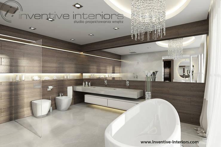 INVENTIVE INTERIORS – Dom z widokiem: styl , w kategorii Łazienka zaprojektowany przez Inventive Interiors,Nowoczesny Drewno O efekcie drewna