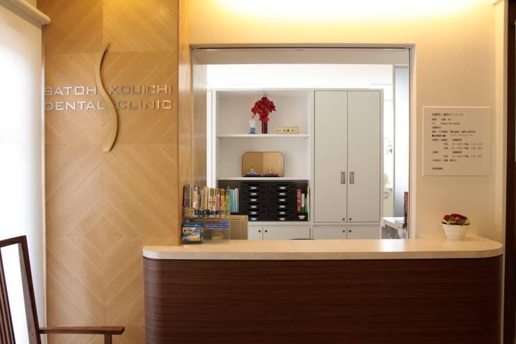 受付 Reception desk : ASut Designが手掛けたオフィス&店です。