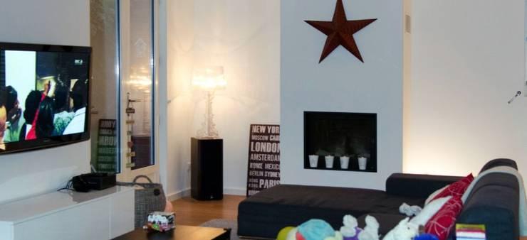 Aménagement de combles – Roncq:  de style  par Tristan Bacro Design d'Espace,