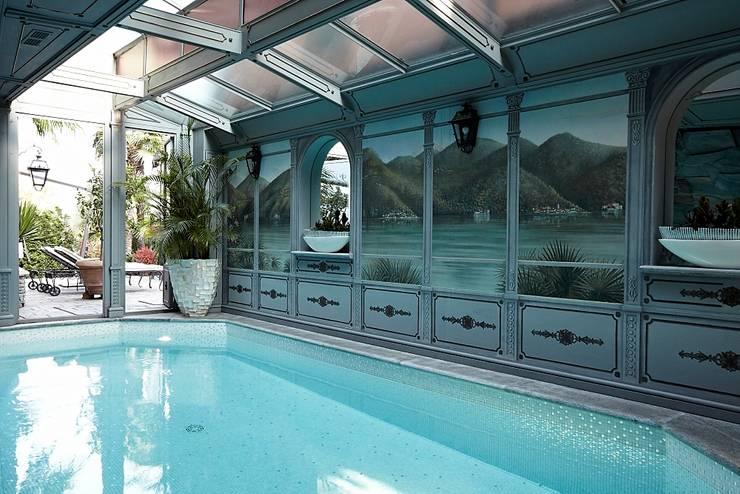 Lake House, Lago di Como, Italy:  Zwembad door Ethnic Chic Home Couture