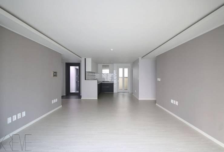 동탄아파트인테리어 반송동 시범다은마을 포스코더샵 33평 인테리어: 디자인스튜디오 레브의  거실