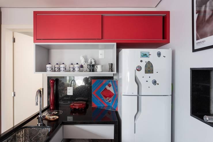 JA01 | Cobertura: Cozinhas  por Kali Arquitetura