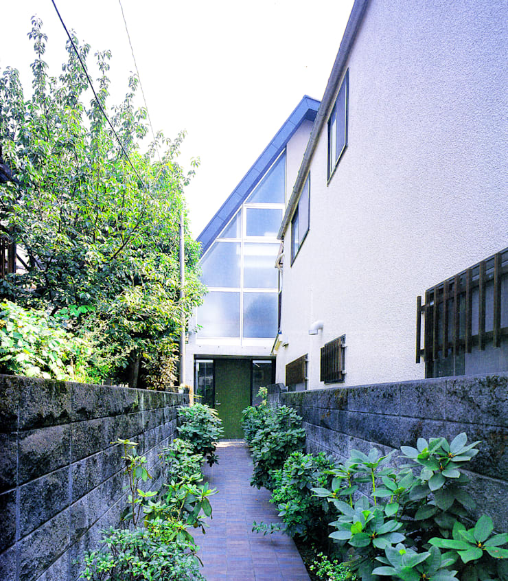旗竿敷地のな家: ユミラ建築設計室が手掛けた家です。,