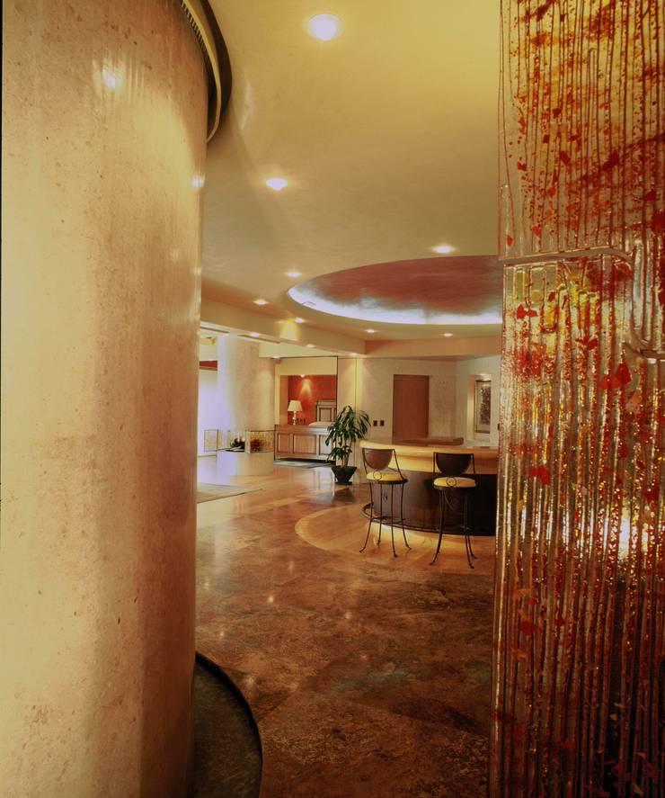 Departamento Campos Eliseo: Paredes de estilo  por Diseño Integral En Madera S.A de C.V.