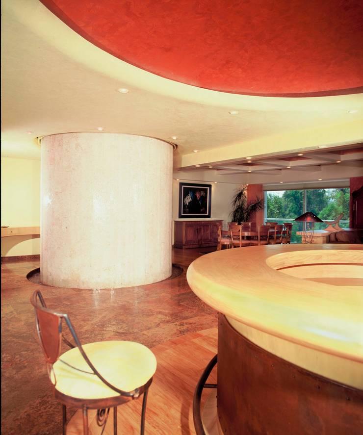 Departamento Campos Eliseo: Comedores de estilo  por Diseño Integral En Madera S.A de C.V.