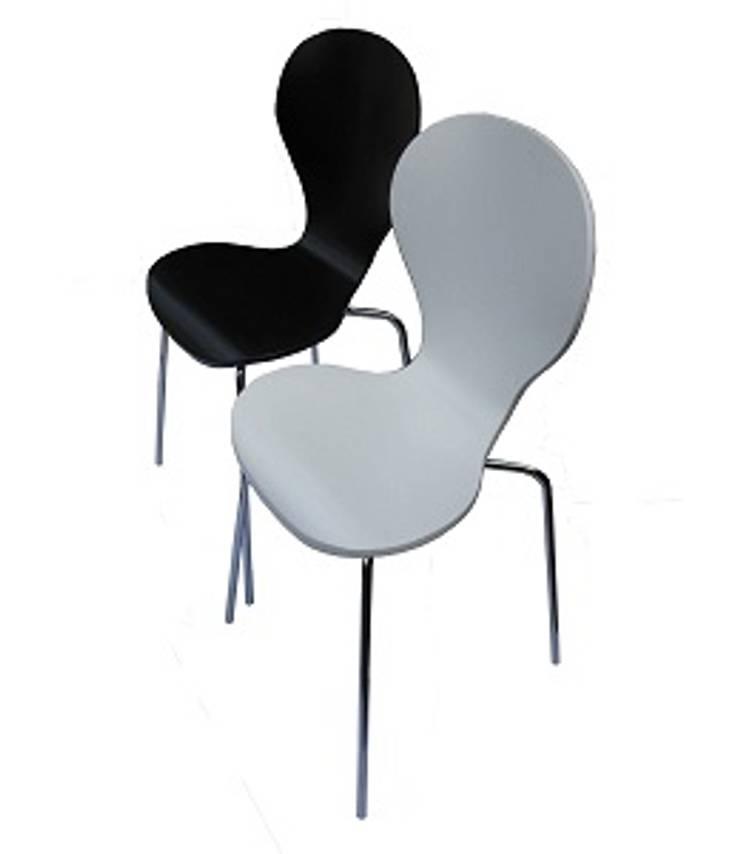 Sillas y taburetes by Wam Design: Livings de estilo  por info7721