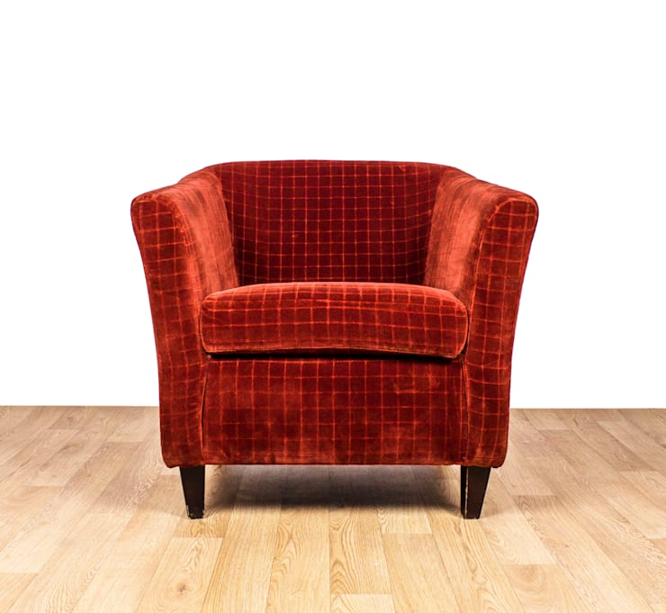 1960's Club Chair:  Living room by RetroLicious Ltd