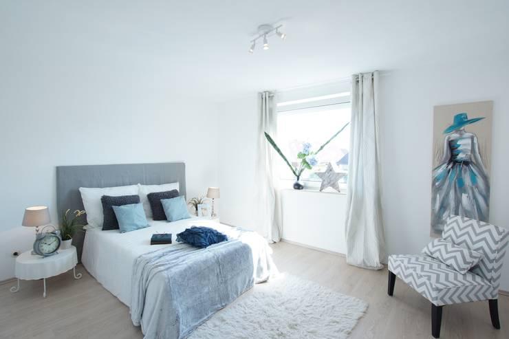 Home Staging Geerbte Immobilie: landhausstil Schlafzimmer von Birgit Hahn Home Staging