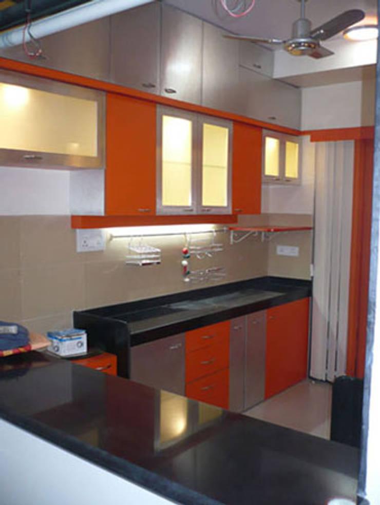 Kitchens: modern Kitchen by GB ARCHITECT