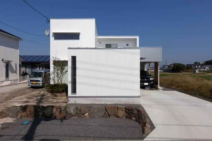 自分だけの空のあるイエ: アトリエ エフ・スタイルが手掛けた家です。,