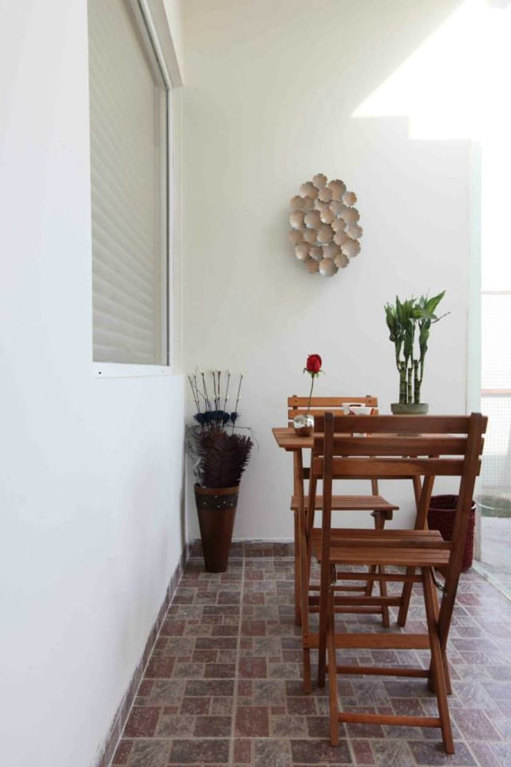 SAMPLE FLAT:  Terrace by Spaces Architects@ka