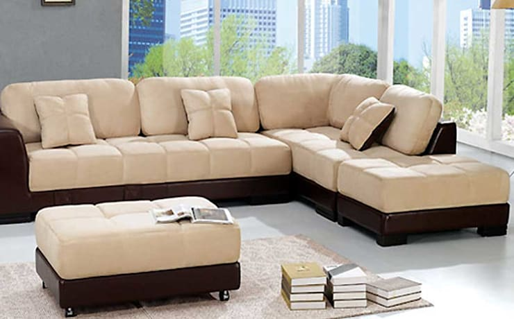 Sofas:  Living room by CRYSTAL INTERIORS & FURNISHINGS