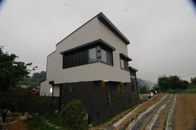 CASA MUSICA : 구도건축사사무소의  주택