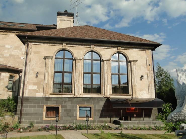 Реконструкция частного дома с увеличением площади в Подмосковье. Дома в средиземноморском стиле от ARTteam Средиземноморский