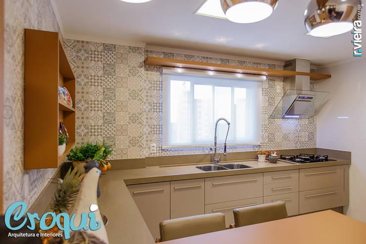 Cozinha: Cozinhas  por Croqui Arquitetura e Interiores