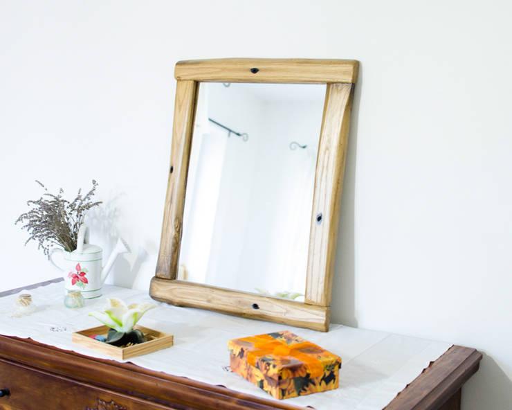 Baños de estilo rústico de Mb-Frames