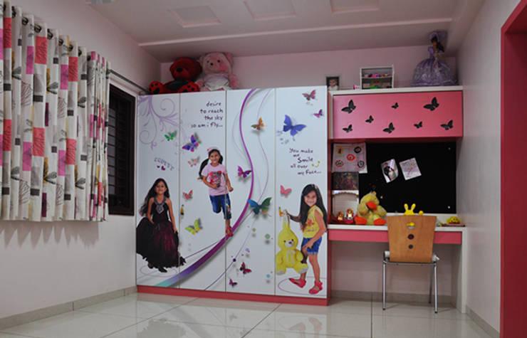 Kids Room Graphics:  Nursery/kid's room by BION Creations Pvt. Ltd.