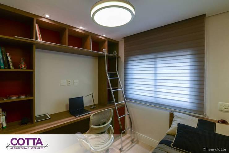 Apartamento 184m²: Escritórios  por Cotta Arquitetura e Interiores