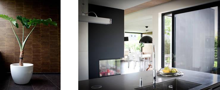 moderne Keuken door RIVA Architectes